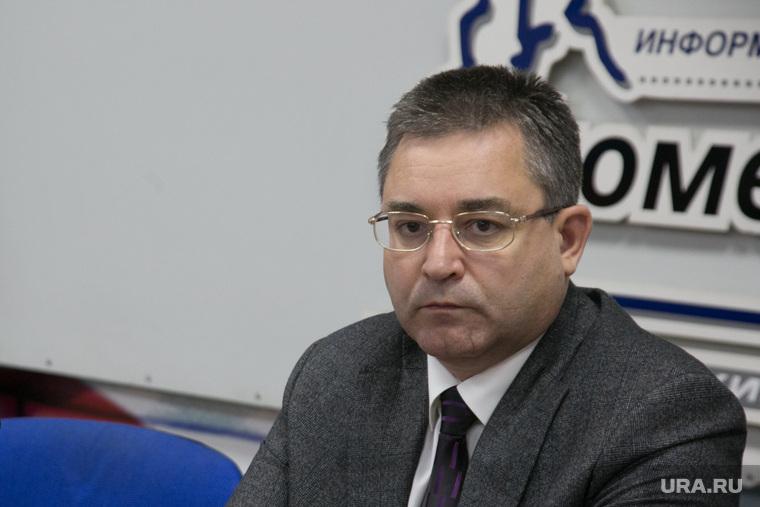 Глава тюменского избиркома потерял треть дохода