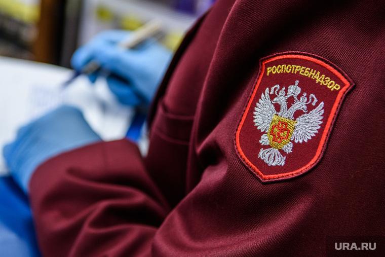 Россиянку обвинили в заражении соседа COVID-19 через вентиляцию