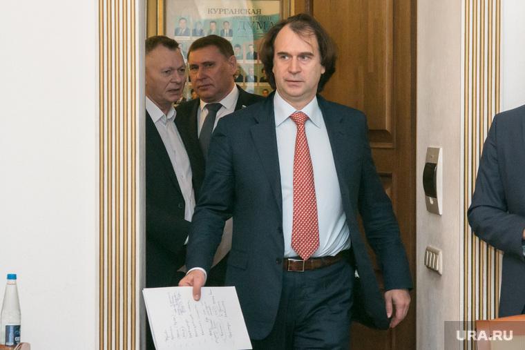 Сенатора Лисовского обвинили в накрутке голосов на праймериз. «Вброс конкретный»