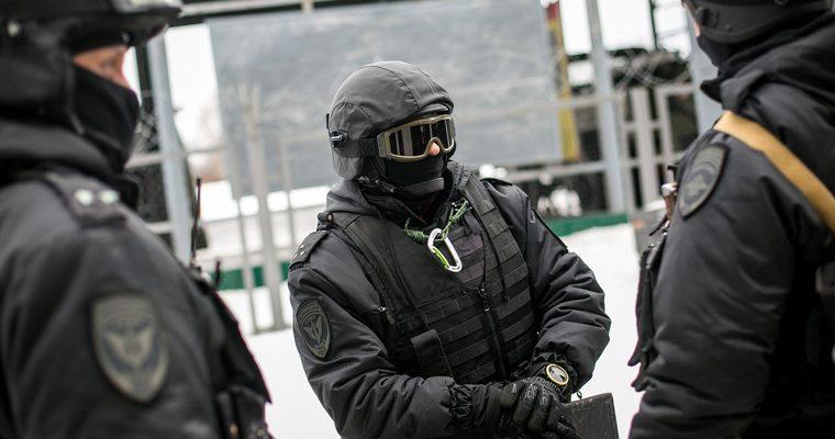 Екатеринбург росгвардейцы задержание застрелили грабителя