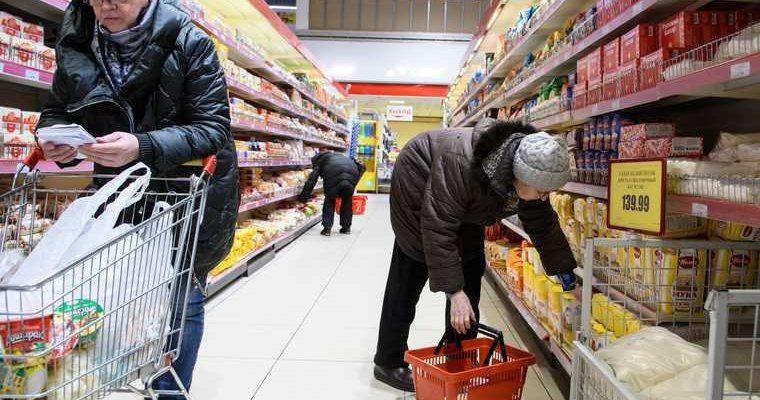 Назван срок рассмотрения новых ограничений цен на продукты