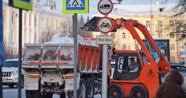 новости хмао уборка снега чистка дворов управляющие компании коммунальщики снежные сугробы