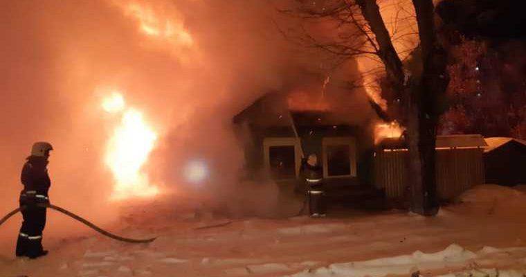 Екатеринбург пожар смерть поджог застройка