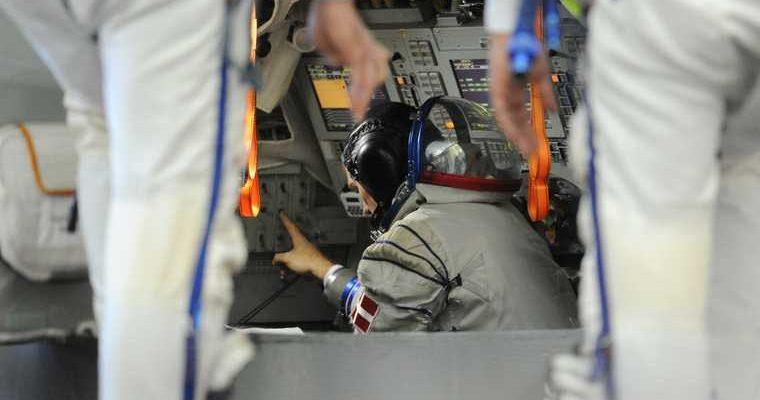 российские космонавты с МКС вернулись на Землю