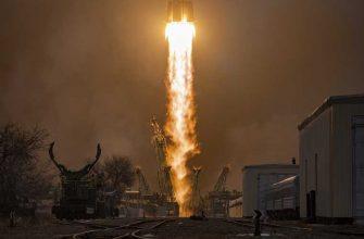 падающая на Землю ракета